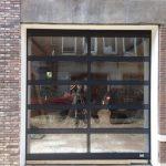 garagedeur van glas tonsmitdeuren.nl