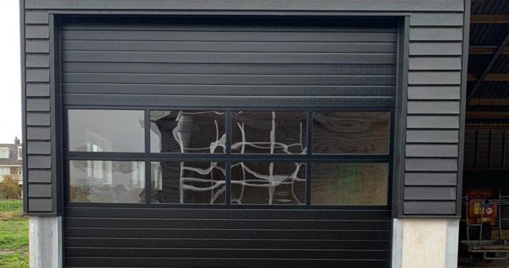 nieuwe overheaddeur tonsmitdeuren.nl