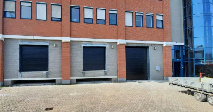 overheaddeuren bedrijfsdeur tonsmitdeuren.nl